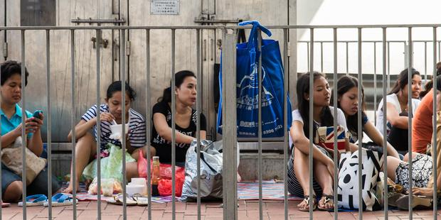 177799_Indonesian_migrant_domestic_workers_in_Hong_Kong(1)