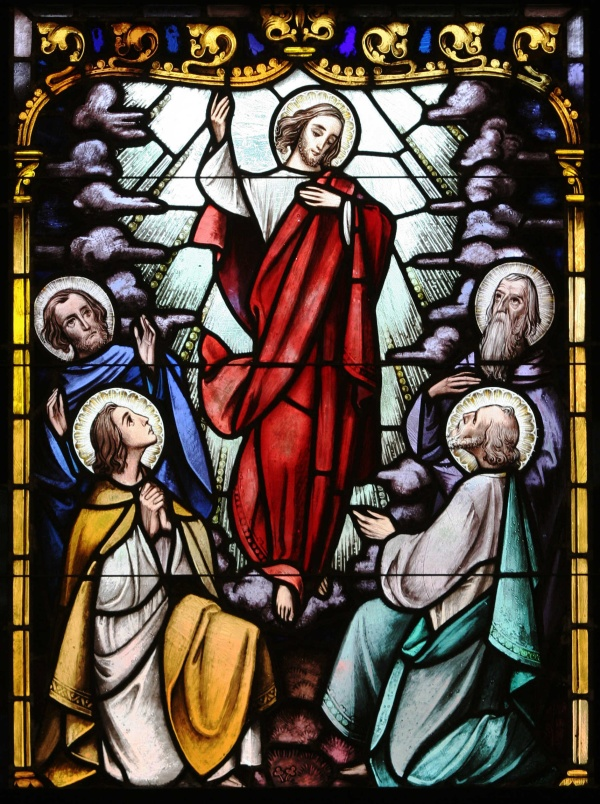 ASCENSION DEPICTED IN STAINED-GLASS WINDOW OF NEW YORK CHURCH